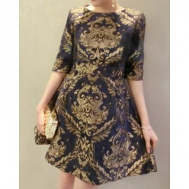 Vintage Style Round Neck Floral Embroidery Half Sleeve Women's Dress